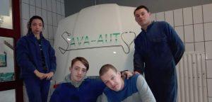 Image à la une de Sava Auto, la mini entreprise qui roule et ne s'arrête plus