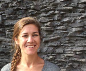 Image à la une de Sarah / bénévole / anime les réseaux sociaux, rédige les portraits des jeunes