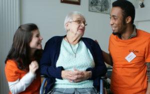 Image Service civique  : 1000 jeunes volontaires supplémentaires au service des plus âgés