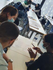 Image Aider les jeunes des filières professionnelles  à trouver leur stage
